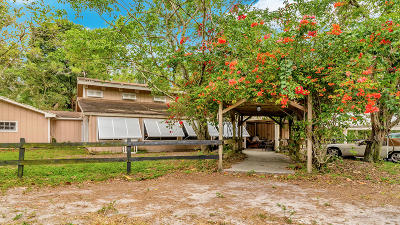 West Palm Beach Single Family Home Contingent: 8225 Pioneer Road