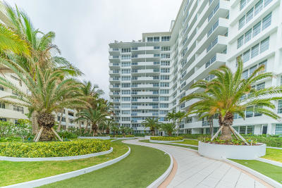 Miami-Dade County Condo For Sale: 100 Lincoln Road #514