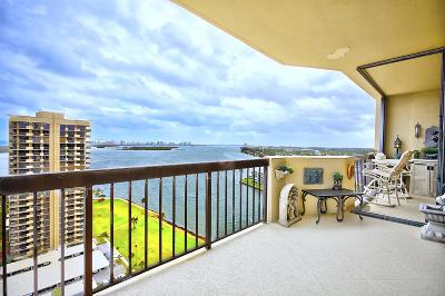 North Palm Beach Condo For Sale: 123 Lakeshore Drive #2142