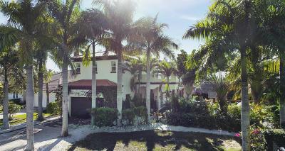 Tequesta Single Family Home Contingent: 10802 SE Arielle Terrace