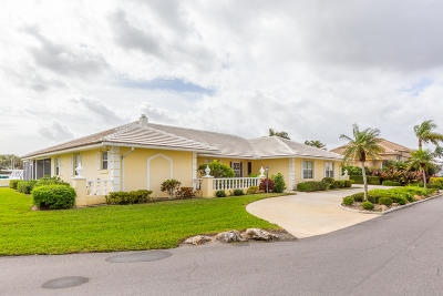 Hobe Sound Single Family Home For Sale: 9168 SE Star Island Way
