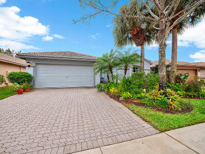 Boynton Beach Single Family Home For Sale: 8243 Duomo Circle