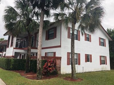 Coral Springs Condo Contingent: 2522 NW 89th Drive #2522