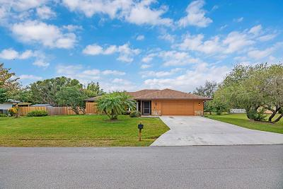 Palm City Single Family Home For Sale: 1860 SW Woodside Way