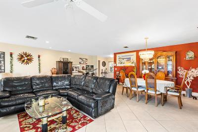 Delray Beach Single Family Home For Sale: 6416 Lasalle Drive