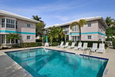 Palm Beach County Condo For Sale: 75 Venetian Drive #D-11