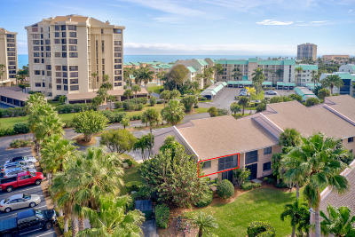 Hutchinson Island Condo For Sale: 2400 S Ocean Drive #3421