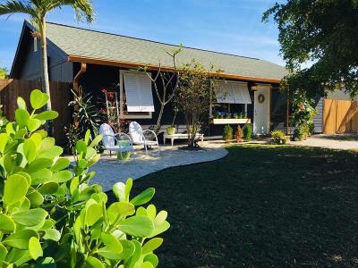 Jupiter Gardens Single Family Home For Sale: 17416 Thrush Drive