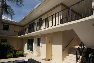 Tequesta Condo For Sale: 8 SE Turtle Creek Drive #8d