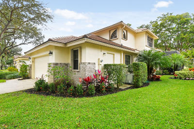 Delray Beach Single Family Home For Sale: 4415 Sherwood Forest Drive