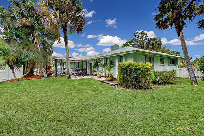 Stuart Single Family Home For Sale: 4799 SE Rocky Point Way