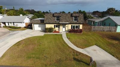Stuart Single Family Home For Sale: 261 SE Villas Street