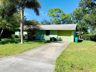 Port Saint Lucie Single Family Home For Sale: 701 SW Duxbury Avenue