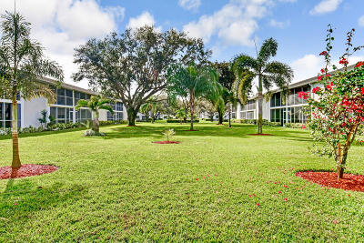 Tequesta Condo For Sale: 3 Westwood Avenue #204e