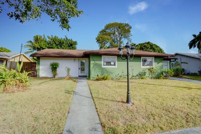 Delray Beach Single Family Home For Sale: 6543 Winding Brook Way