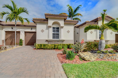 Villaggio Reserve Single Family Home Contingent: 14660 Barletta Way
