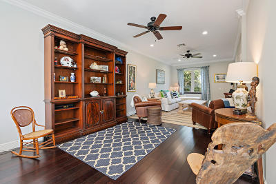 West Palm Beach Single Family Home For Sale: 234 Gregory Road