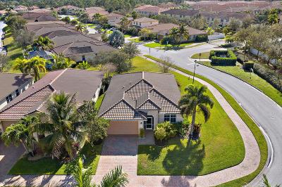 Stuart Single Family Home For Sale: 3260 SW Porpoise Circle Circle