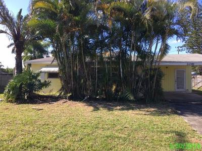 Stuart Single Family Home For Sale: 5796 SE Rosemont Avenue