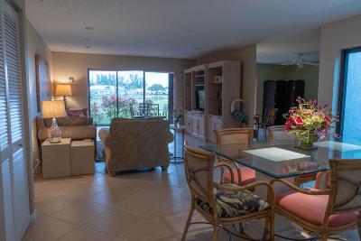 Boca Raton Condo For Sale: 7920 Eastlake Drive #19-G