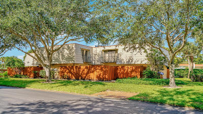 West Palm Beach Rental Leased: 1700 Embassy Drive #204