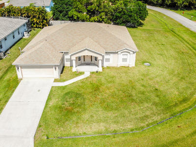 Port Saint Lucie Single Family Home For Sale: 5469 NW Empress Circle