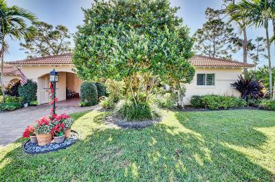Boynton Beach Single Family Home For Sale: 1 Fairway Drive
