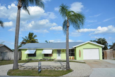 Hobe Sound Single Family Home For Sale: 8733 SE Sandridge Avenue