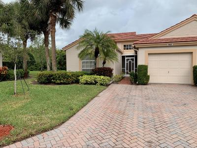 Delray Beach Single Family Home For Sale: 7925 Lake Sands Drive
