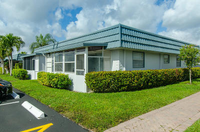Delray Beach Condo For Sale: 5 Waterford A