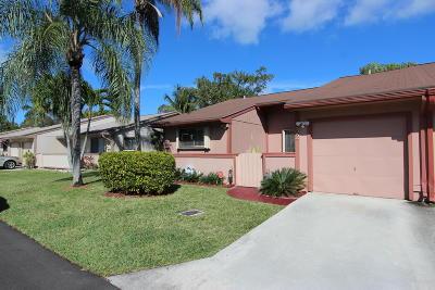 Boynton Beach Single Family Home For Sale: 32 Farnworth Drive