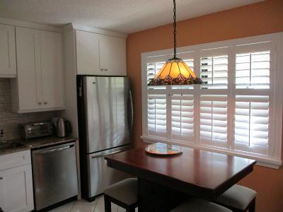 Boynton Beach Single Family Home For Sale: 1718 Palmland Drive #5-B