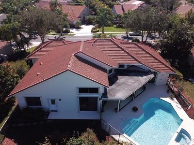 Weston Single Family Home For Sale: 390 Alexandra Circle