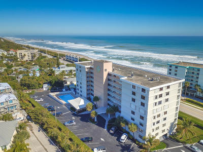 Juno Beach Condo For Sale: 911 Ocean Drive #602