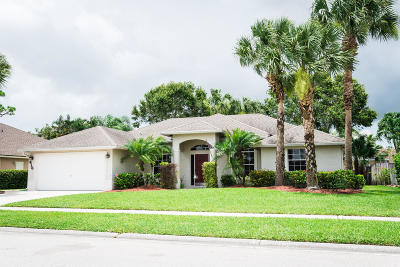 Royal Palm Beach Single Family Home Contingent: 216 Monterey Way