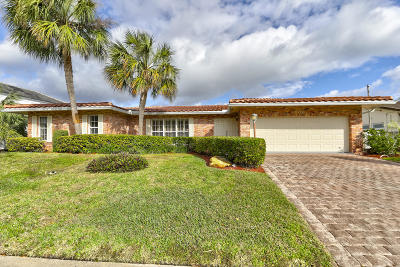 Lighthouse Point Single Family Home Contingent: 2731 NE 46th Street