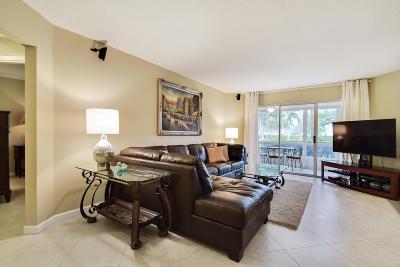Lake Worth Condo For Sale: 3590 Via Poinciana #112