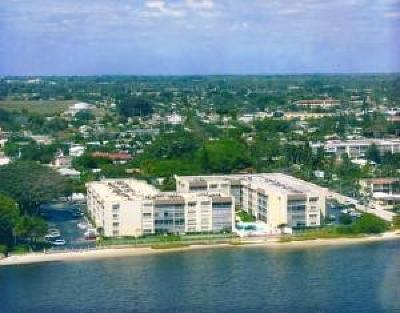 Lake Worth Condo For Sale: 1516 S Lakeside Drive #117