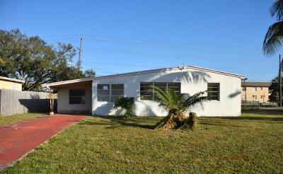 Lake Worth Single Family Home For Auction: 3204 French Avenue