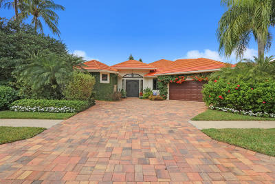West Palm Beach Single Family Home For Sale: 8843 Lakes Boulevard