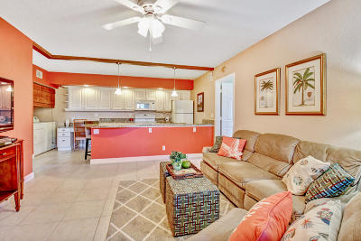 Jupiter Condo Contingent: 6313 Chasewood Drive #D