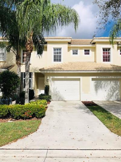 Boynton Beach Single Family Home For Sale: 9819 Lago Drive
