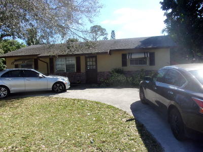 Lake Worth FL Single Family Home For Sale: $274,000