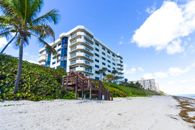 Highland Beach Condo For Sale: 4605 S Ocean Boulevard #8c
