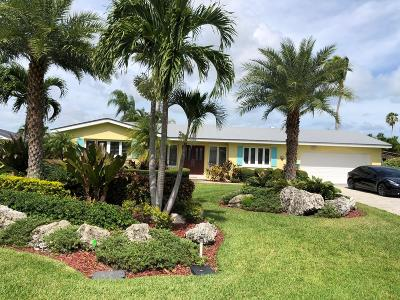Vero Beach Single Family Home For Sale: 14 Dolphin Drive