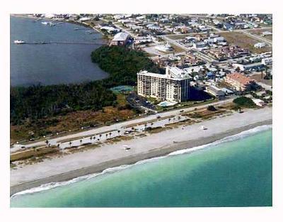 Fort Pierce Condo For Sale: 801 S Ocean Drive #701