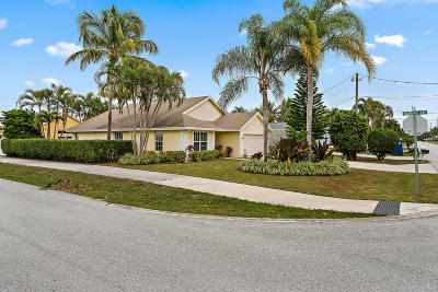 Jupiter Single Family Home Contingent: 6189 Foster Street