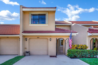 Palm Beach Gardens Townhouse For Sale: 829 Windermere Way