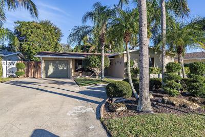 Palm Beach Gardens Single Family Home For Sale: 324 Azalea Street
