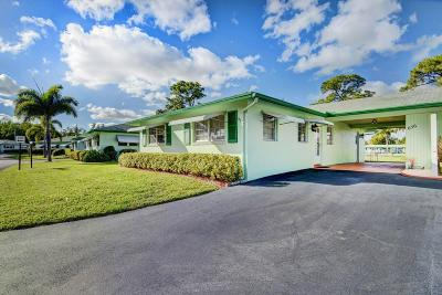 Delray Beach Single Family Home For Sale: 656 Hummingbird Lane